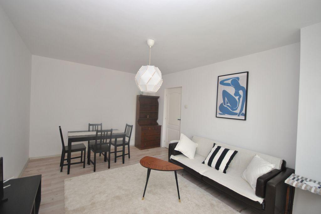 Apartament 4 Camere   decomandat   Lujerului