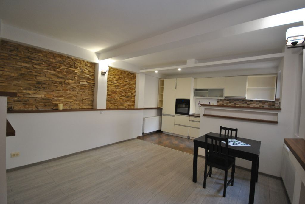 Vila cu 4 Camere | Grozavesti | COMISION 0